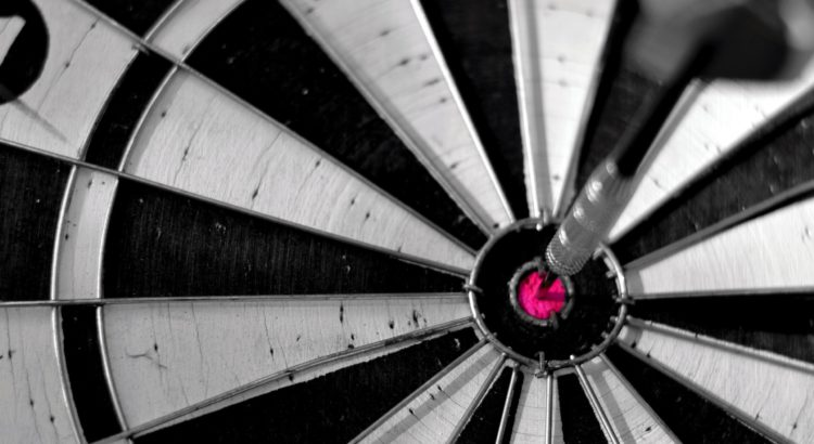 darts-bullseye-wallpaper-1